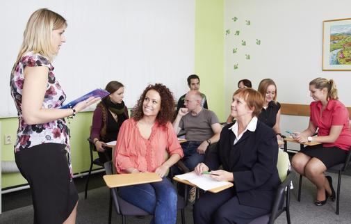 Lektoři mají vše pod 100% kontrolou a velmi rádi odpoví studentům na každý dotaz.