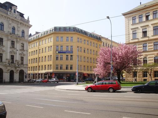 Sídlo školy - Sukova 2.