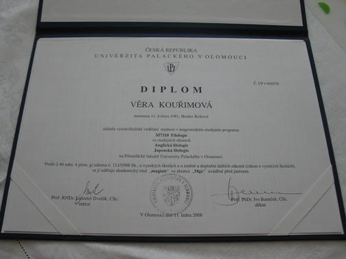 Diplom - anglická a japonská filologie na FF UP